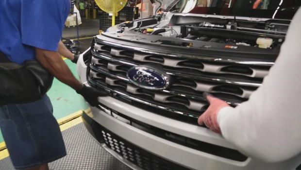 Ford Explorer Carbon Monoxide Recall >> Ford urged to recall 1.3 million Explorers amid carbon monoxide poisoning concerns - CBS News