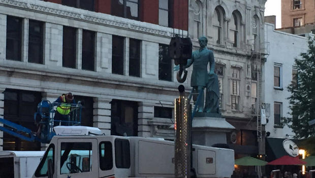 Confederate statues quickly moved in Lexington overnight