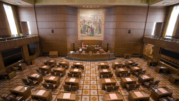 Oregon senator punished over allegations of inappropriate touching