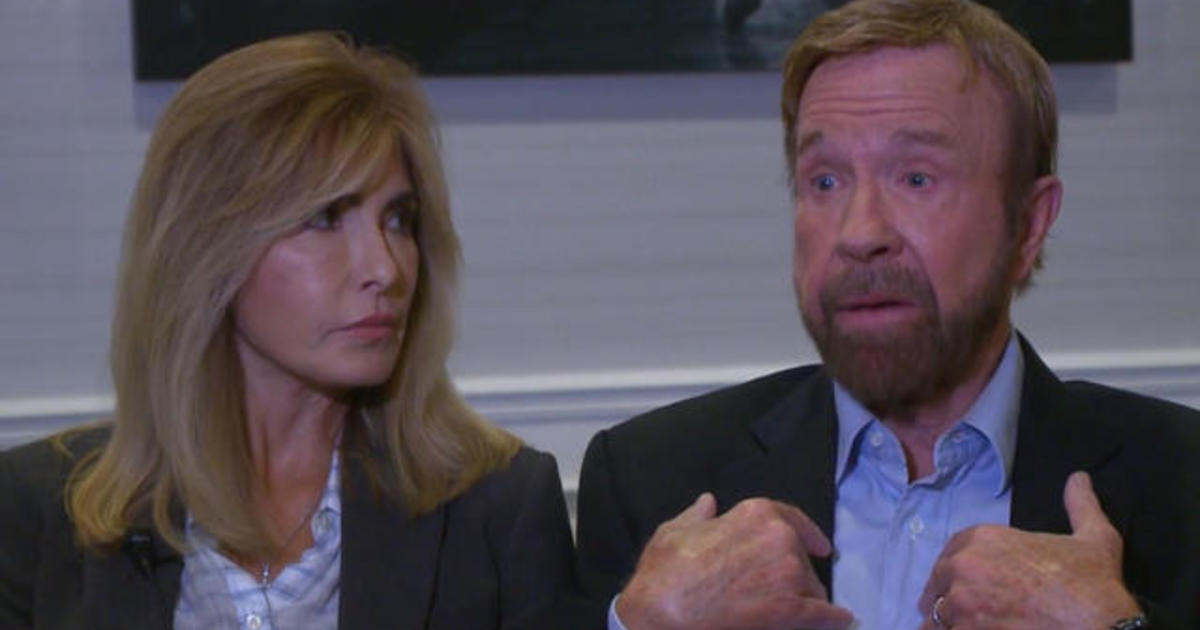 Fact: CHUCK NORRIS didn't age as well as his Wife did ...