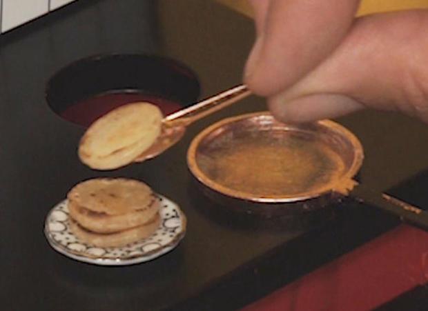 tiny-food-pancakes.jpg