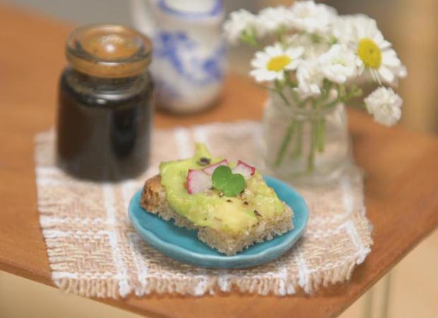 tiny-kitchen-avocado-toast.jpg