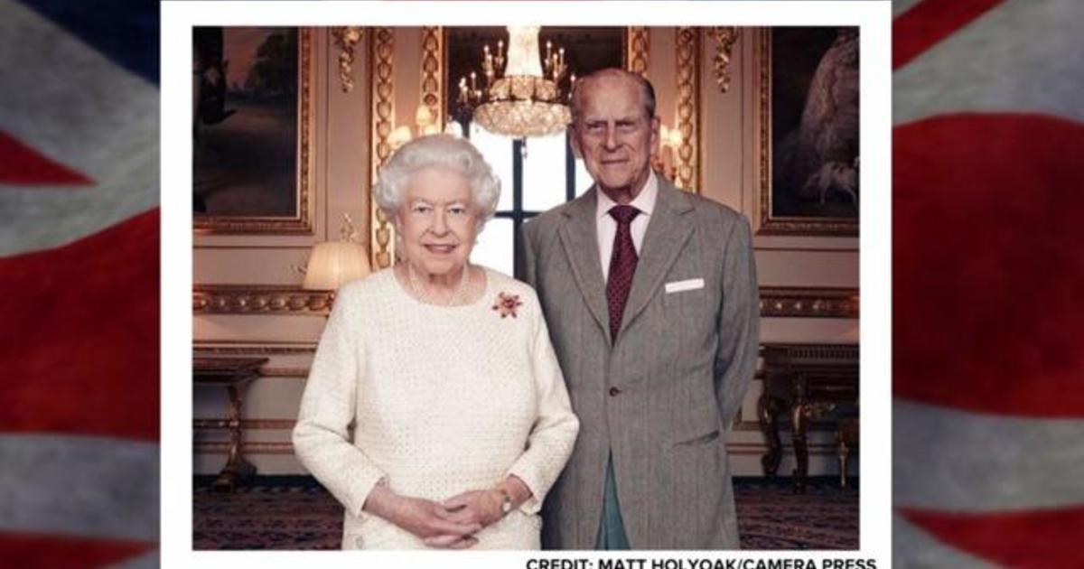 New Photos Queen Elizabeth Ii Prince Philip 70th Wedding
