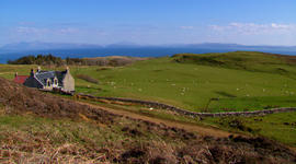 60 Minutes' adventure to the Isle of Eigg