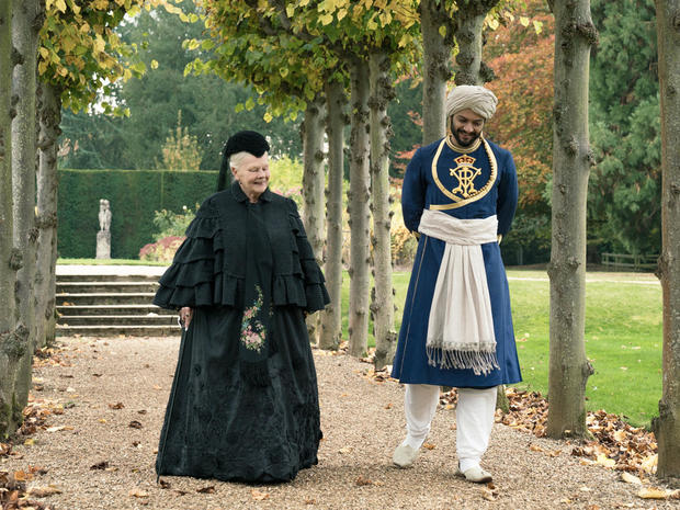 victoria-and-abdul-judi-dench-ali-fazal-focus-features-peter-mountain.jpg
