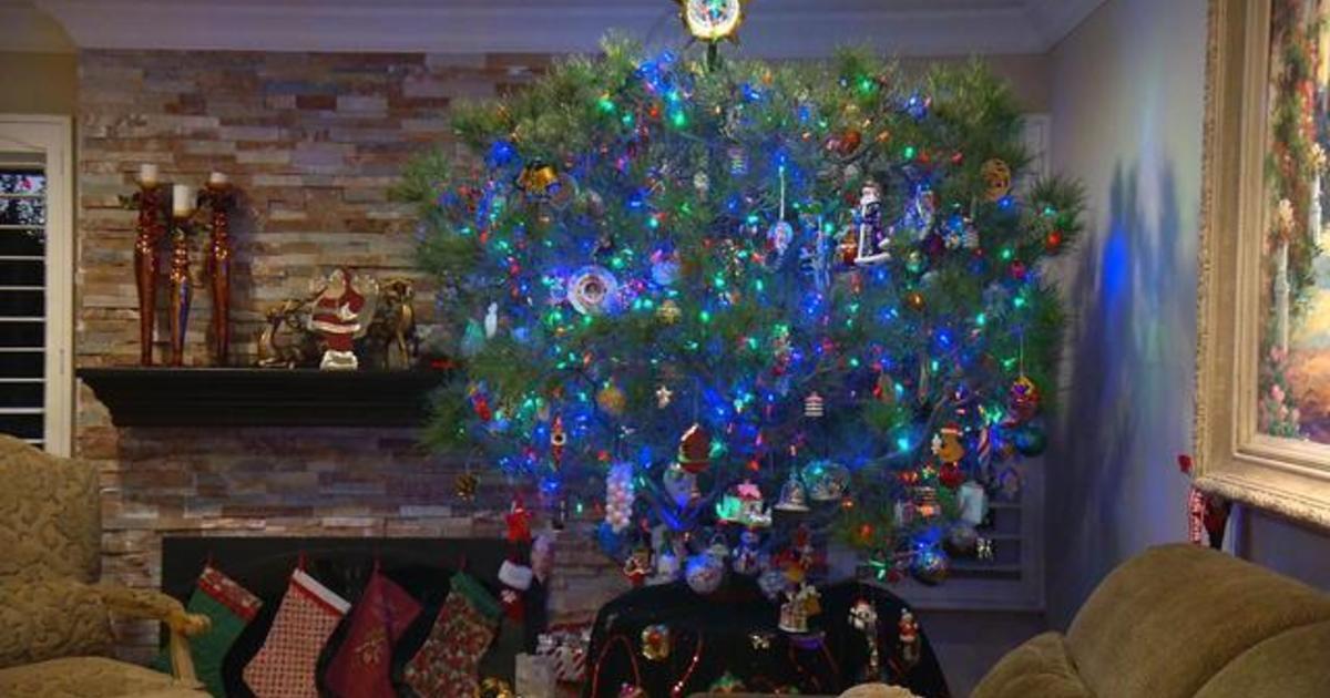 Meet The California Family Who Has Kept Their Christmas