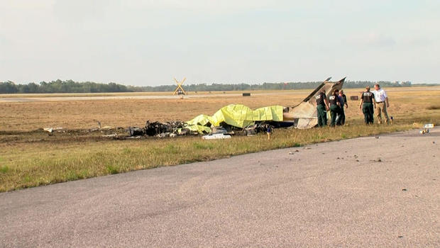 Five dead in Christmas Eve plane crash