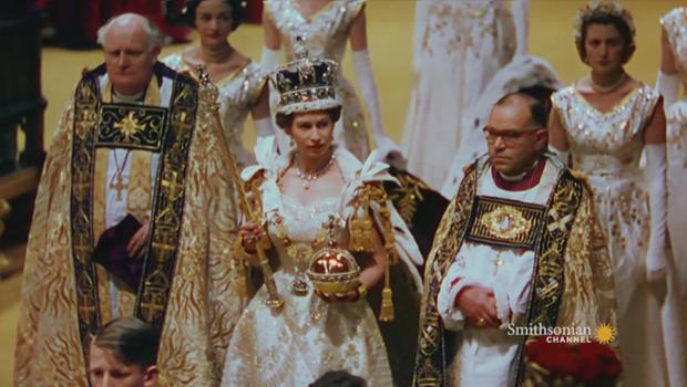 queen-elizabeth-ii-coronation-at-westminster-abbey-620.jpg