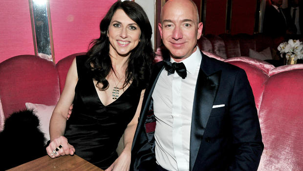 Jeff Bezos contributes $33 million to Dreamers scholarship program