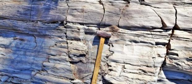 1.7-billion-year-old cube of North America found stranded to Australia