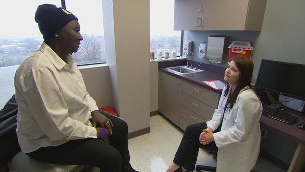 exam-with-doc-and-strass-intv-frame-9084.png