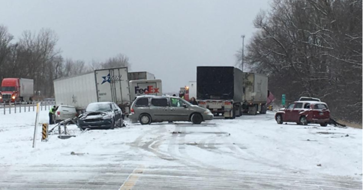 29-car pileup closes lanes on Interstate 94 in Southwest