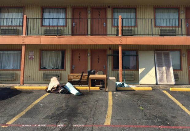 fort-worth-motel-brzyski.jpg