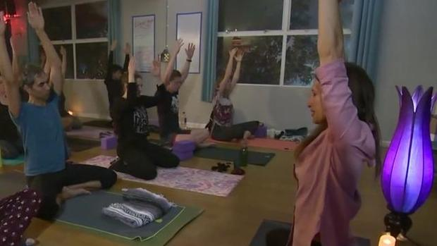 cbsn-fusion-ganja-yoga-class-mixes-mindfulness-and-pot-thumbnail-1497766-640x360.jpg