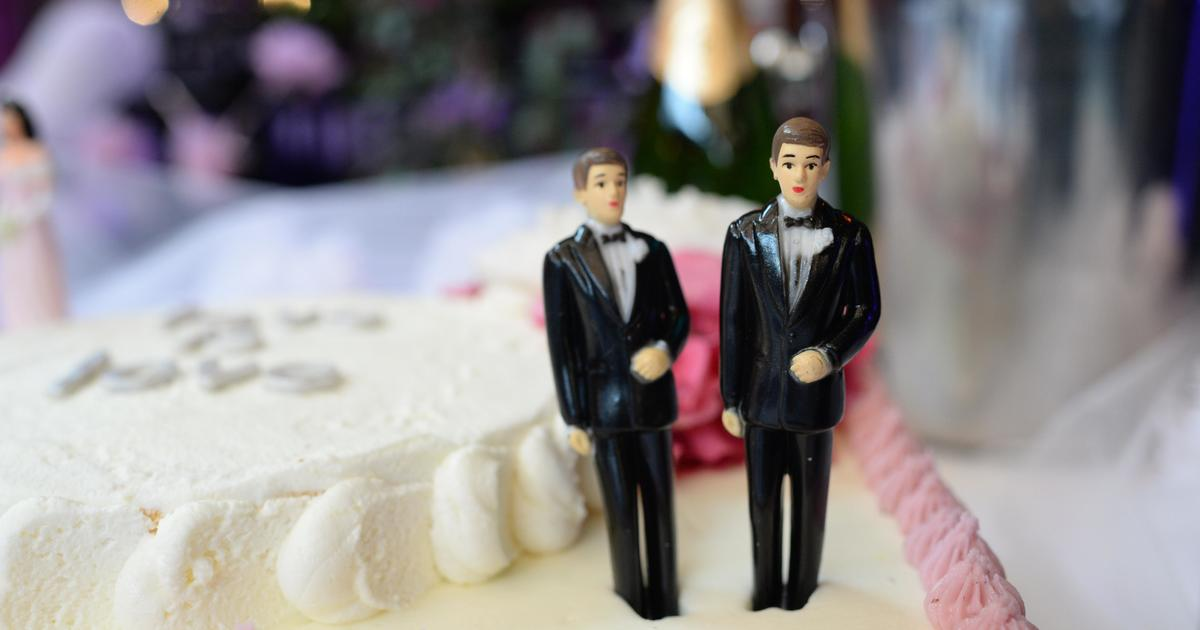 Wedding Gift Ideas For Same Sex Couples: Judge Rules Bakery Owner Can Refuse To Make Wedding Cake