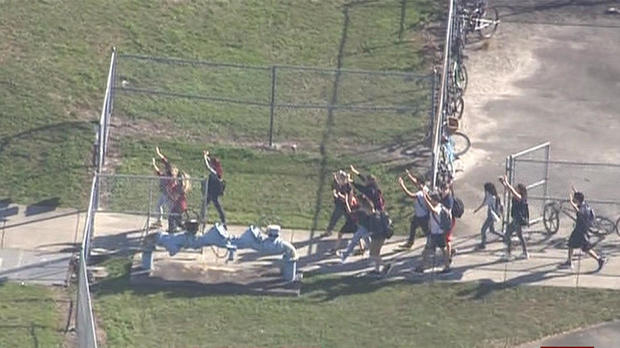 180214-parkland-florida-school-shooting-06.jpg