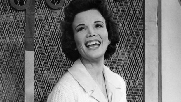 Nanette Fabray, TV Star of the '50s and '60s, Dies at 97