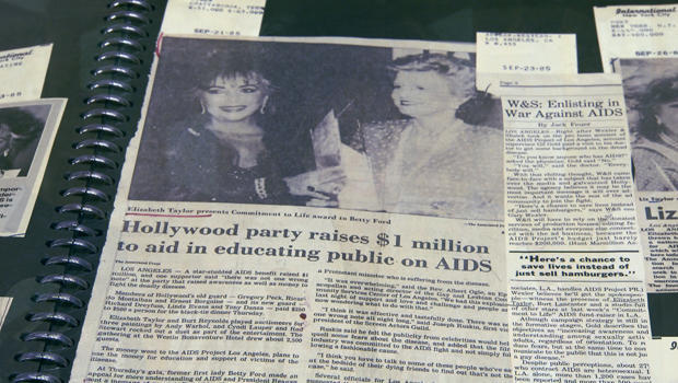 elizabeth-taylor-aids-fundraiser-article-620.jpg