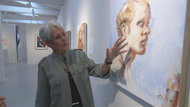 joan-baez-with-painting-of-david-harris-620.jpg
