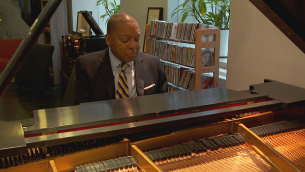 wynton-marsalis-at-the-piano-620.jpg