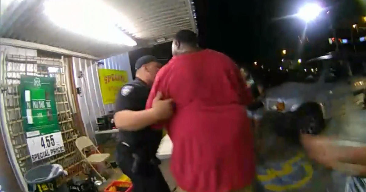 Shooting Raw Footage: Alton Sterling Shooting Video: Raw Footage Of Fatal Police