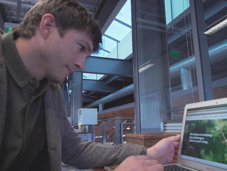kutcher-computer.jpg