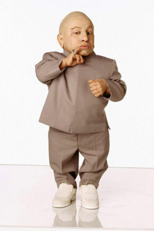 verne-troyer-as-mini-me-austin-powers-in-goldmember-new-line-465.jpg