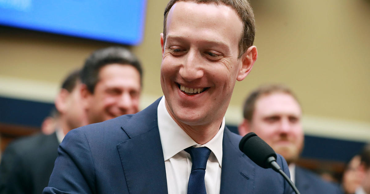 Facebook cryptocurrency move hints at its future in commerce