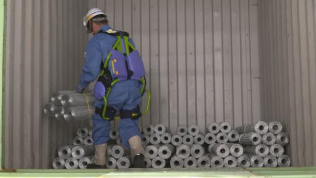 japan-robots-v06-00-21-26-11-exoskeleton.png