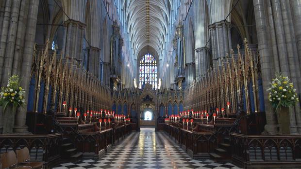 sunday-morning-in-london-westminster-abbey-interior-620.jpg