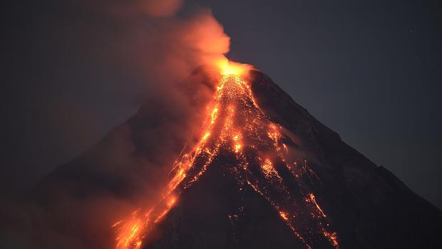 Dangerous volcanoes around the world