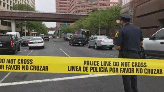 Hartford police officer stabbed