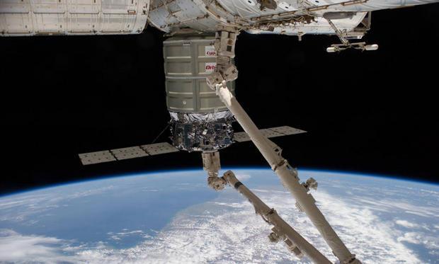 052018-cygnus-berthed.jpg