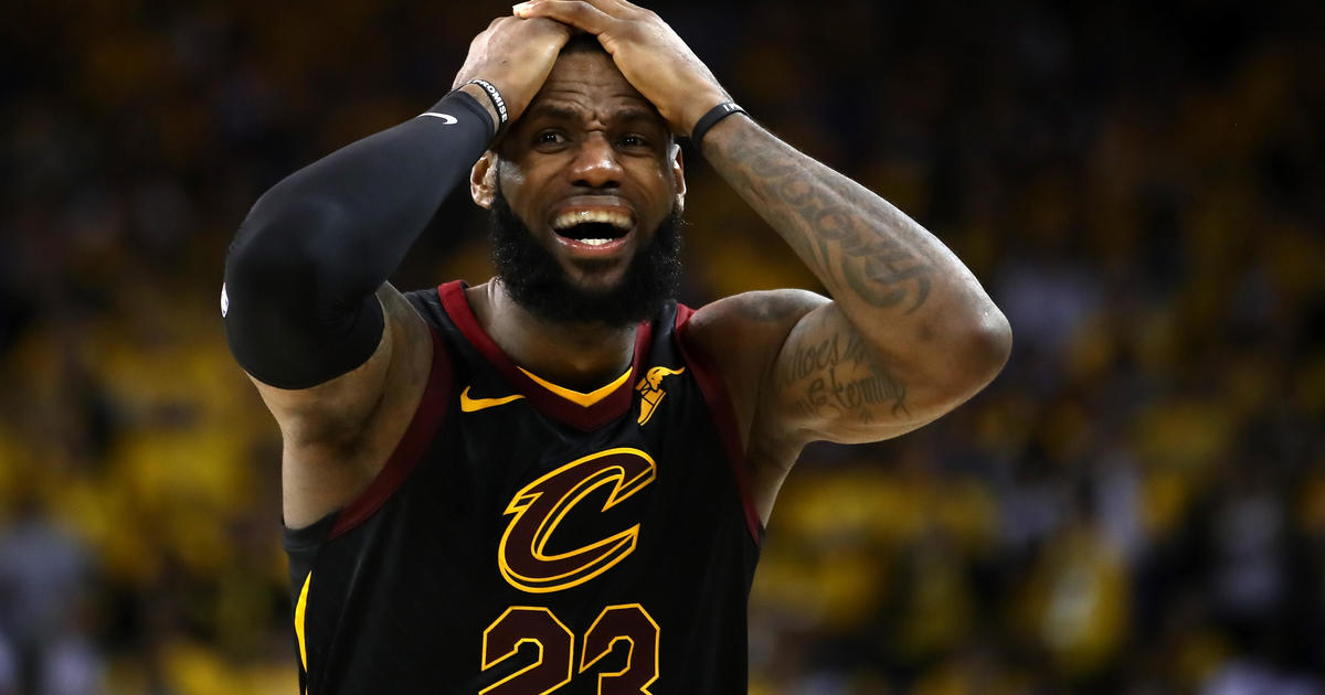 Nba Finals 2018 Lebron James Walks Out Of News Conference