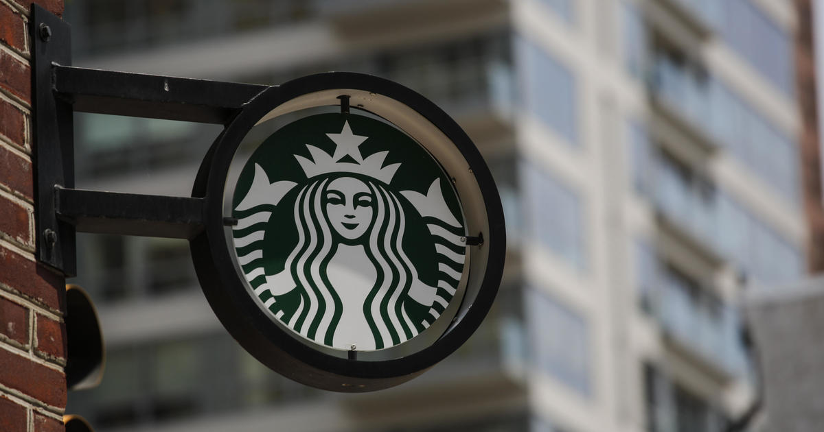 This Is How Much A Starbucks Adds To The Price Of A Nearby Home