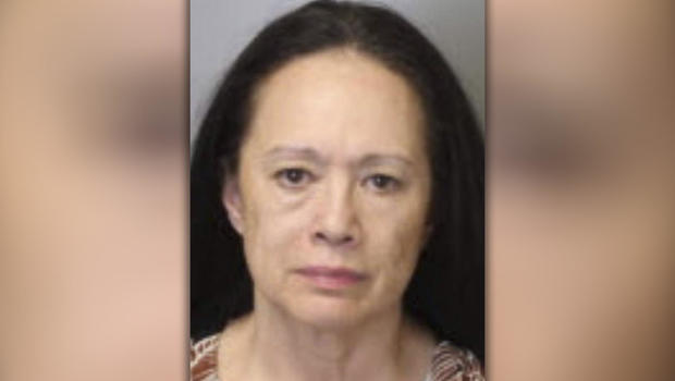 Cops: Tennessee Grandma Put Kids in Kennels in Trunk