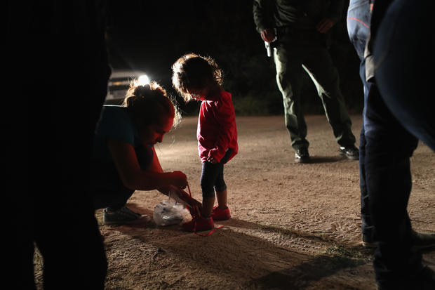 Border children: Immigrant families in crisis