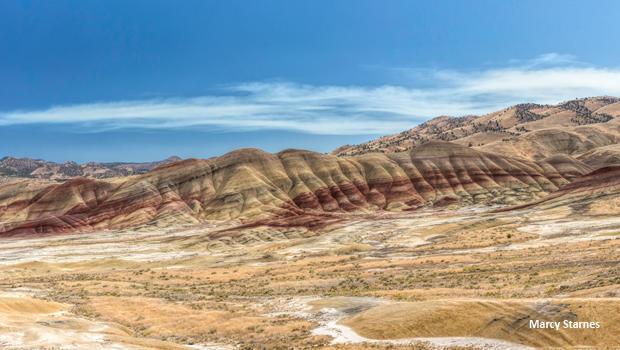 painted-hills-oregon-panorama-marcy-starnes-620.jpg