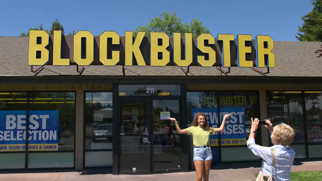 Blockbuster Oregon The Last Blockbuster Store Left In The World
