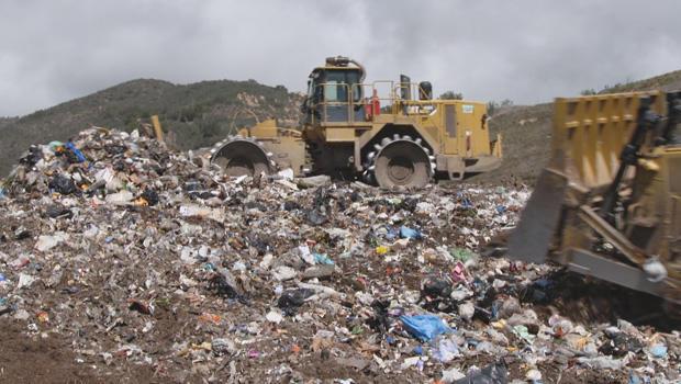 plastic-landfill-620.jpg