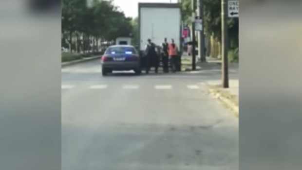 Chicago Residents Accuse Cops Of Planting Bait Trucks Filled With - Bait car show
