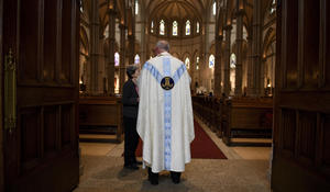 """Catholic churches hold """"Mass of forgiveness"""" after sex abuse report"""