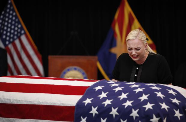 TOPSHOT-US-politics-McCain