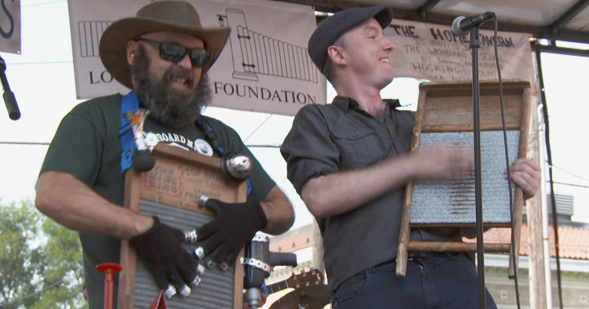 washboards the laundry tool that is music to the ears cbs news. Black Bedroom Furniture Sets. Home Design Ideas