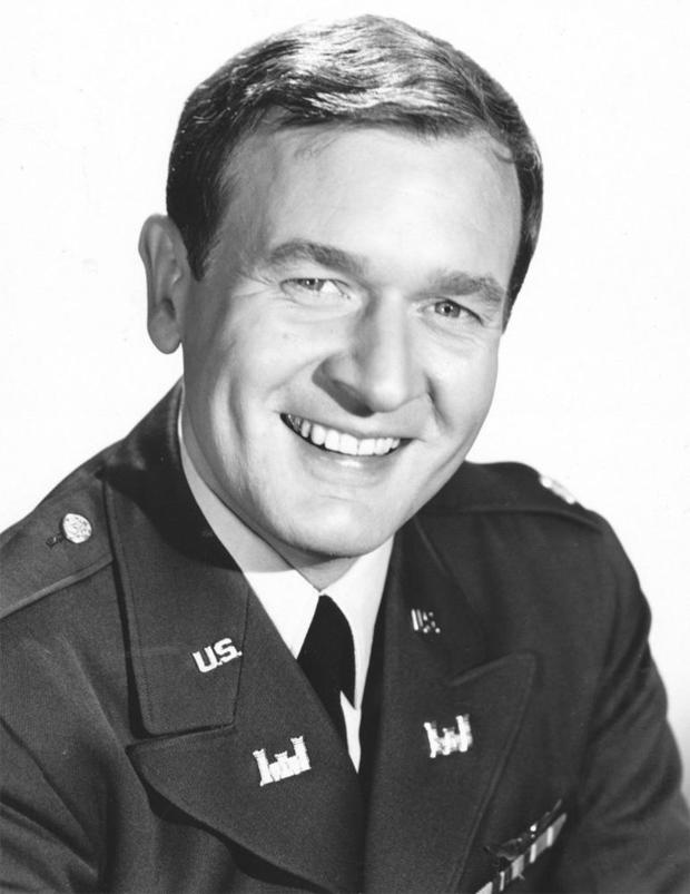 bill-daily-i-dream-of-jeannie-nbc-465.jpg