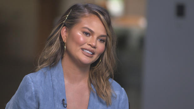 chrissy-teigen-interview-620.jpg
