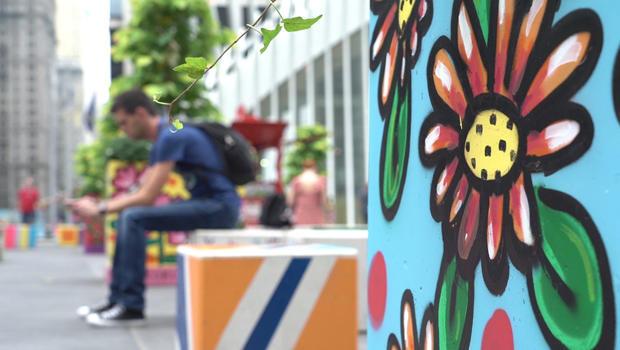 wtc-street-art-flowers-620.jpg
