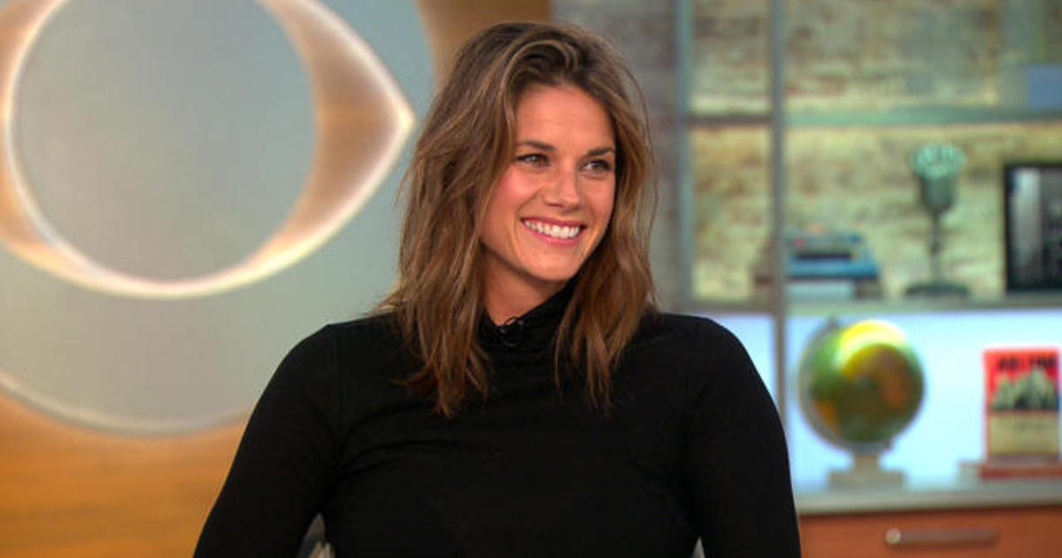 "Missy Peregrym ""proud"" to portray special agent role in ""FBI"""