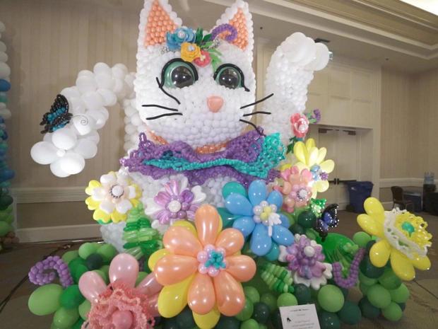 balloon-art-gallery-kitty-kat-5.jpg