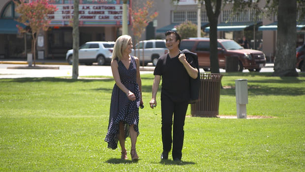 steve-perry-with-tracy-smith-hanford-california-620.jpg